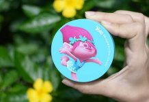 Review phấn phủ bột Oil Clear Blotting Powder Trolls The Face Shop