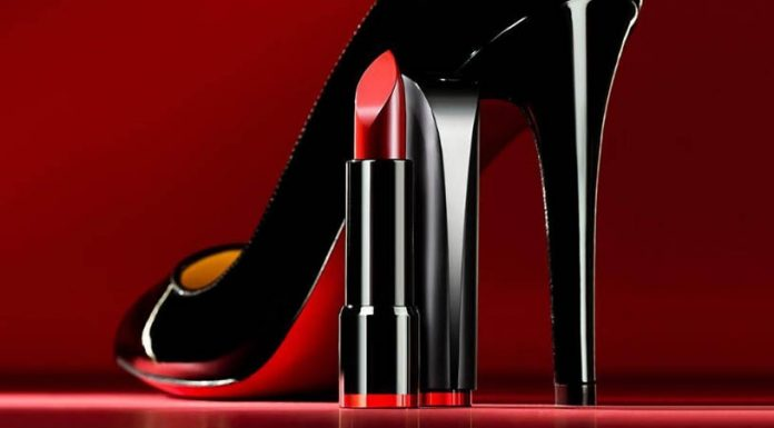 Review son Clio Rouge Heel