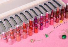 Review son MAC Snow Ball Mini Lipstick Kit