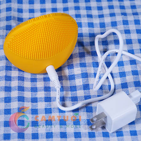 sạc pin máy rửa mặt foreo luna mini 2 review