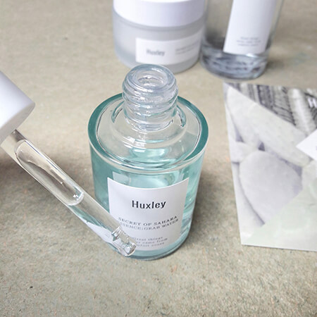 review Huxley Essence Grab Water